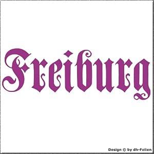 cartattoo4you AH-00662 | FREIBURG - Fraktur / Altdeutsche Schrift | Autoaufkleber Aufkleber FARBE hellviolett , in 23 weiteren Farben erhältlich , glänzend 57 x 20 cm in PREMIUM - Qualität Waschstrassenfest VERSANDKOSTENFREI
