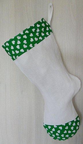 grande-chaussette-de-noel-en-lin-blanc-et-coton-vert-petits-coeurs-a-broder-peindre-customiser