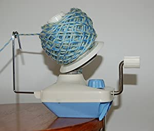 compact 4 oz wool / yarn ball winder TH700: works with U-nitt swift