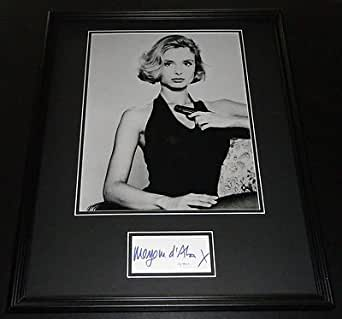 maryam d 39 abo sexy signed framed 16x20 photo display jsa the living daylights at amazon 39 s. Black Bedroom Furniture Sets. Home Design Ideas