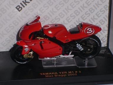 Yamaha Yzr M1 M 1 Nr 3 Max Biaggi 2002 Motogp 1/24 ixo Modellmotorrad Modell Motorrad