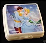Tupperware CINDERELLA Sandwich Snack Keeper -NEW-3D