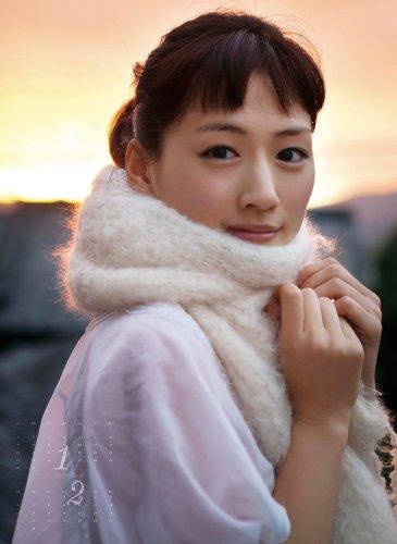 綾瀬はるか 2011年 カレンダー