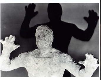 CURSE OF THE FACELESS MAN 8X10 PHOTO #A4737