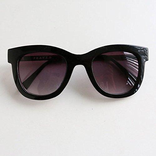 Amazon.co.jp: (フレイ アイディー)FRAY I.D ボストンサングラス fwgg145384 ブラック F: 服&ファッション小物通販