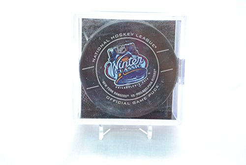 2012-winter-classic-official-nhl-game-puck-with-display-case