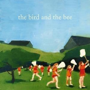ブラジルのそよ風のように魅惑的で、デヴィッド・リンチ監督が演出する夜のロサンジェルスのように皮肉なこのLA出身のユニット!the bird and the bee