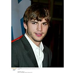 Biography: Ashton Kutcher