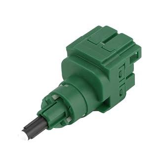 Fuel Parts BLS1114 Interruptor de luz de freno