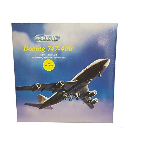 schabak-boeing-747-400-diecast-metal-1250-scale-air-new-zealand-airplane