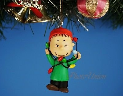 *K1020_P Decoration Xmas Ornament Tree Home Decor Peanuts Snoopy & Friends LINUS Toy Model (Original from TheBestMoment @ Amazon) - 1