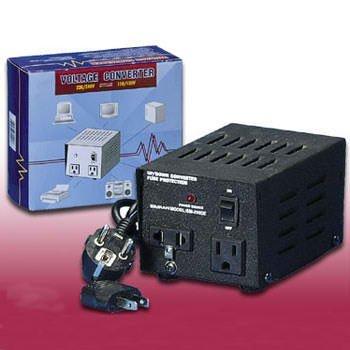 Seven Star 200 Watts Voltage Converter 220/240-110/120V front-57621
