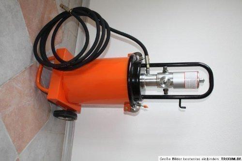 fahrbare-Profi-Druckluft-Fettpresse-mit-12-Liter-Inhalt