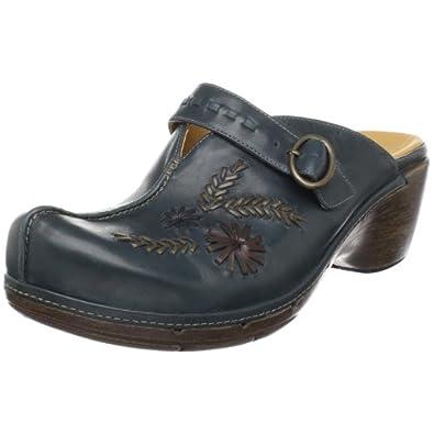 Amazon.com: Clarks Women's Un.Deniable Mule,Burgundy,12 M US: Shoes