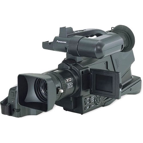 Panasonic Pro AG-DVC20 3CCD MiniDV Proline Camcorder w/10x Optical Zoom