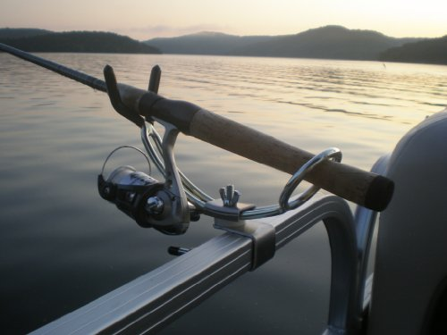 Plastic cup holders for boats bing images for Fishing rod holders for pontoon boats