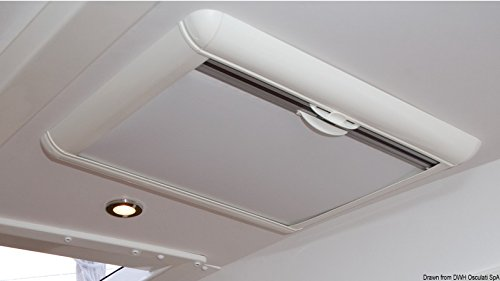 oceanair-roller-blind-and-flyscreen-for-lewmar-70