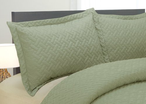 Natural Comfort Luxury Lines Microfiber Quilted Bedding Set, King, Silver Sage front-522517