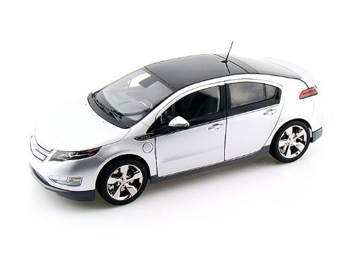 Chevy Volt 1/18 Silver (Chevy Volt Model compare prices)