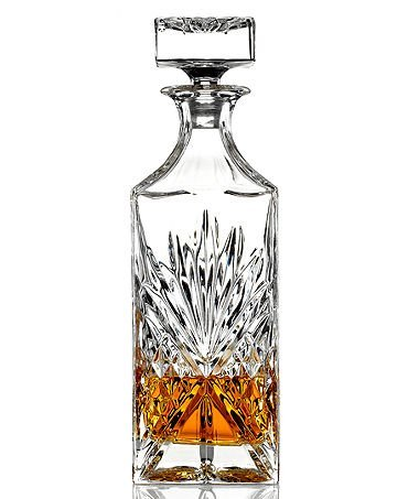 James Scott Crystal, Whiskey, Wine, Liquor, Decanter, 750 ML, Irish cut - 10.75 tall; full glass stopper