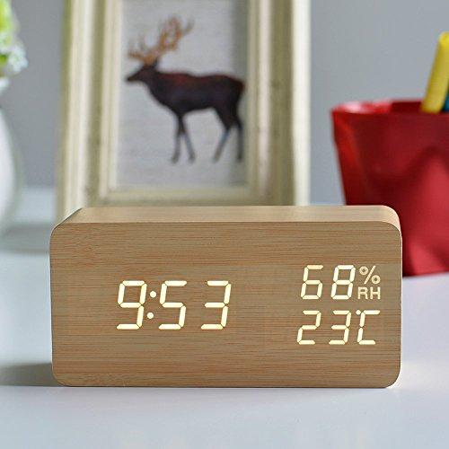 FiBiSonic デジタル 置き時計 LED 目覚し時計 大音量 アラーム カレンダー付 温度湿度表示 音声感知 USB給電 木目調 ナチュラル風 おしゃれ プレゼント(茶・白字)