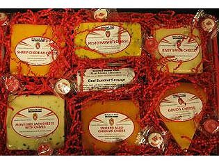 Connoisseur of Gourmet Wisconsin Cheese Gift Box