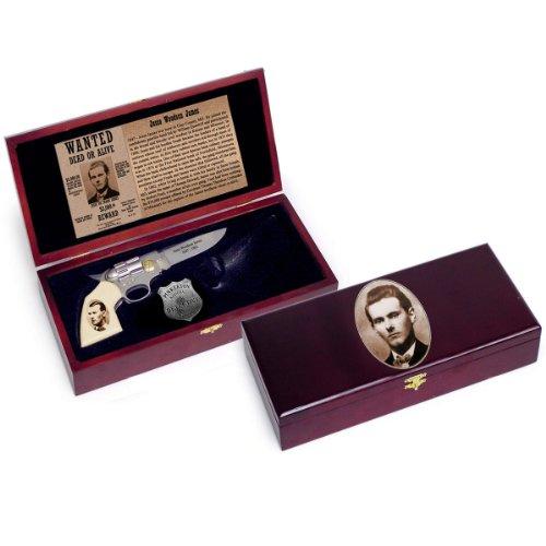 Jesse James Pistol Gun Knife W Sheath And Pinkerton Detective Old West Badge Set