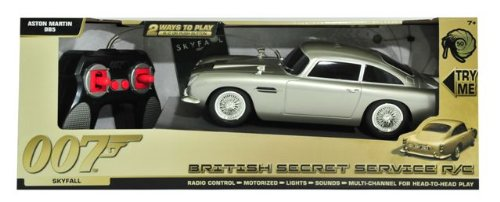 41UjFdbJG3L James Bond 50th Anniversary! Aston Martin DB5 Radio Controlled, Trigger Lights & Sound, Hidden Weapons. BRITISH SECRET SERVICE Car size approx 28cm (SKYFALL)