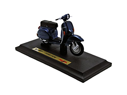 118th-vespa-motorscooter-30-assorted-designs-one-supplied