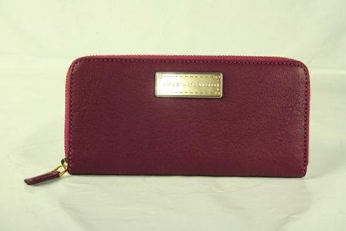 Marc By Marc Jacobs Marc Jacobs Washed Up Slim Zip Around Wallet in Hot Fuchsia