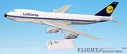 lufthansa-67-89-boeing-747-100-airplane-miniature-model-snap-fit-1200-partabo-74710h-006