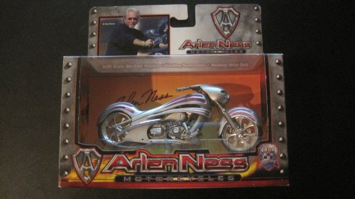 Toy Zone - Iron Legends - Arlen Ness Motorcycles - Blue - 1:18 Scale - Die Cast - Working Belt Drive & Suspension - New - Collectible