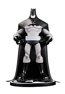 DC Comics Batman Statue By Sean Galloway (Black/ White)