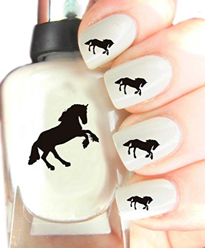 easy-to-use-high-quality-nail-art-for-every-occasion-horse