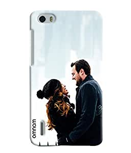Omnam Couple Loving Each Other Printed Designer Back Case Hauwei Honor 6