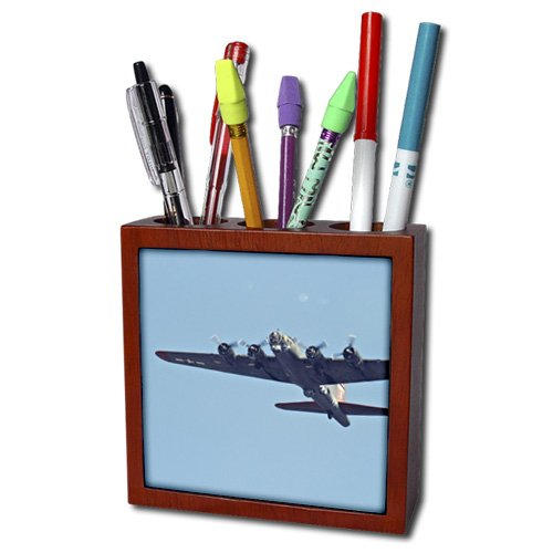 ph_97120_1 Danita Delimont - War Planes - B-17 G Flying Fortress, War plane - US50 BFR0041 - Bernard Friel - Tile Pen Holders-5 inch tile pen holder