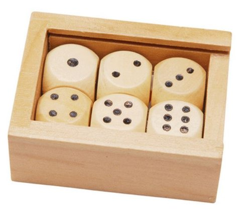 6 wooden dice in a small wooden box