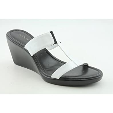 Alfani Driven Womens SZ 7.5 White Slides Open Toe Shoes