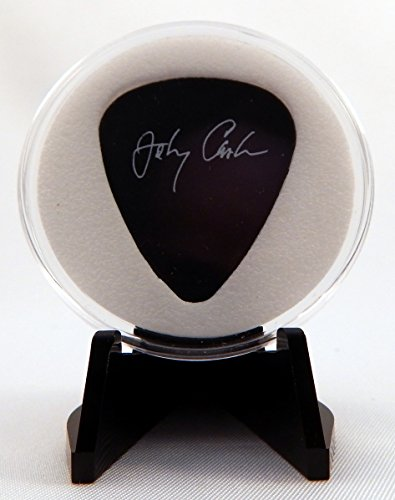 Johnny Cash Dunlop Guitar Pick With MADE IN USA Display Case & Easel (Guitars Made In America compare prices)