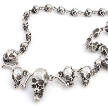 STAINLESS STEEL SILVER GOTHIC CHOPPER MOTORCYCLE SKULL & BONES NECKLACE CHAIN 24in (22 Inches)