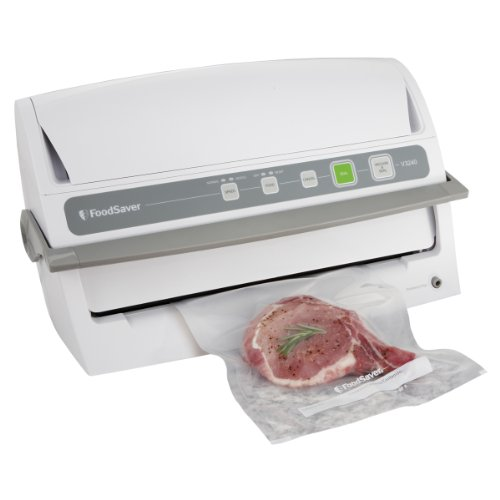 FoodSaver V3240 Automatic Vacuum Sealing System with Starter Kit (Vacuum Starter Kit compare prices)