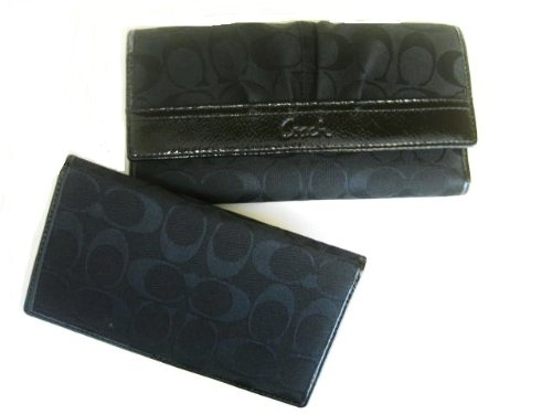 Coach Soho Pleated Signature Checkbook Wallet in SV/Black/Black