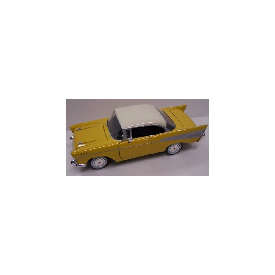 Motormax 1/24 Scale Diecast 1957 Chevy Bel Air in Color Yellow with White Top