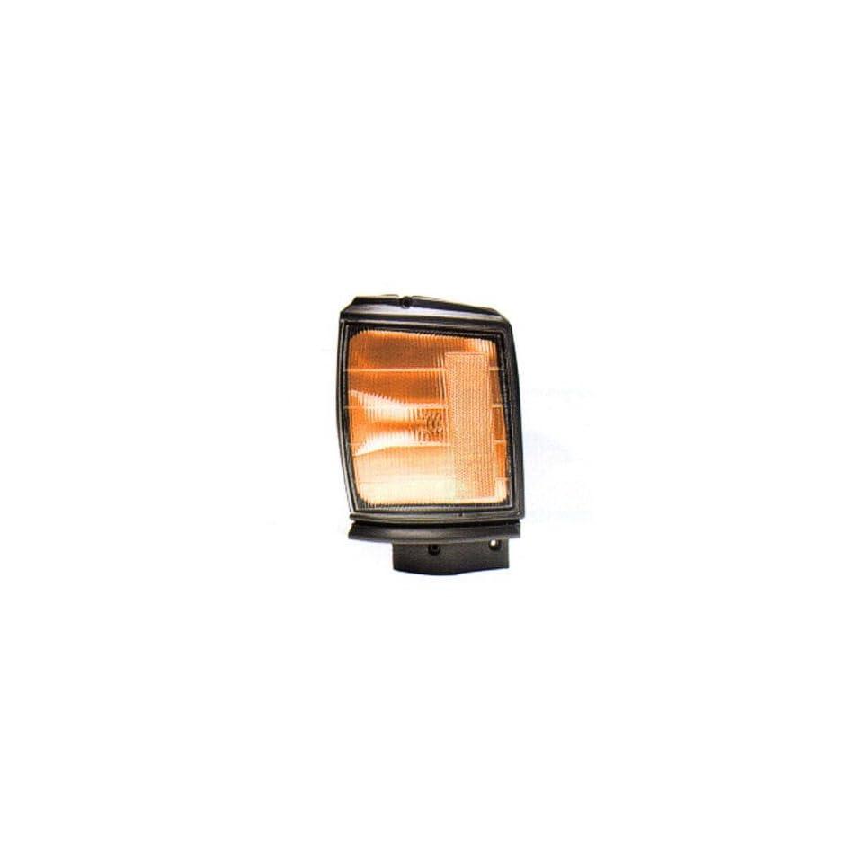 1987 88 TOYOTA TOYOTA PICKUP PARK CORNER LIGHT, 2WD, WITH ARGENT TRIM, DRIVER SIDE