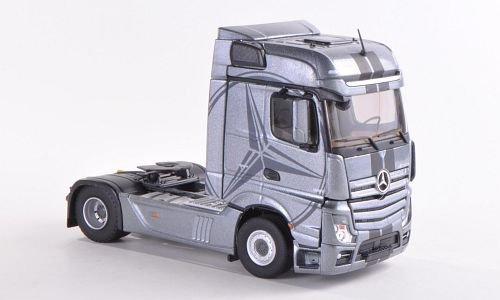 Mercedes Actros MP4 Bigspace,