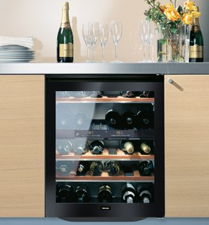 Miele Independence Series KWT4154UG1 24 Dual Zone Undercounter Wine Storage