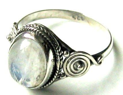 shanya-sterling-silver-ethnic-ring-rainbow-moonstone-size-r