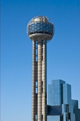 Reunion Tower in Dallas, Texas Journal: 150 page lined notebook/diary
