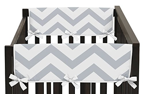 Sweet-Jojo-Designs-Gray-and-White-Chevron-Zig-Zag-Teething-Protector-Cover-Wrap-Baby-boy-girl-Crib-Side-Rail-Guards-Set-of-2