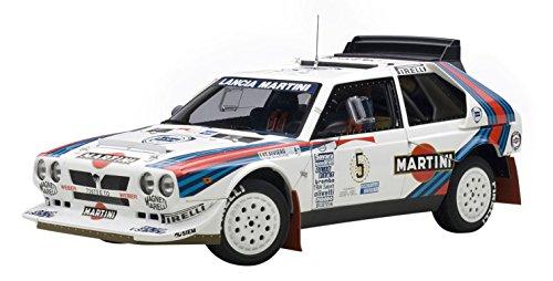 autoart-88621-lancia-delta-s4-martini